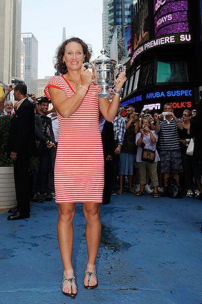 Знаменитые бицепсы, Серена в ярости, каминг-аут в 35. История сенсации US Open-2011 Саманты Стосур