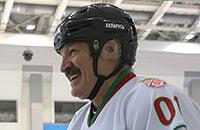 Лукашенко назвал хоккей лекарством от коронавируса. Другие – трактор, водка и баня