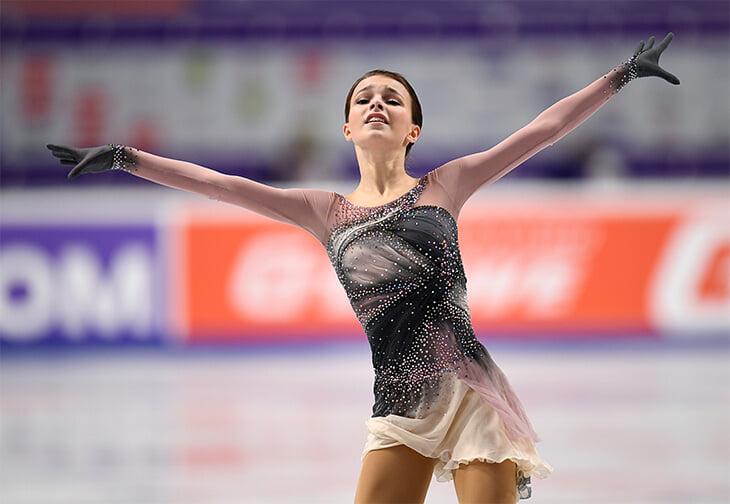 Неожиданный прыжок Щербаковой, в котором весь героизм чемпионата России по фигурному катанию