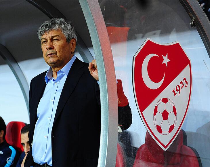 За 1000 плюсов интервью Эльвина Керимова мы обещали 10 историй о турецком футболе. Ловите: махинации Луческу, стрельба, сексизм, убийства