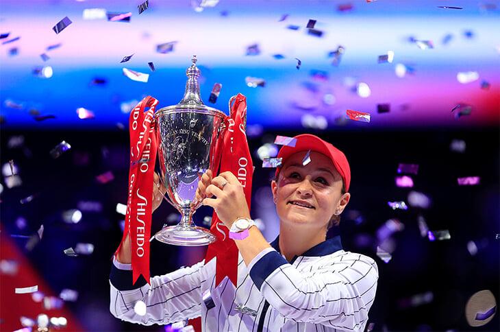 Барти третьей в истории выиграла больше 10 млн за сезон