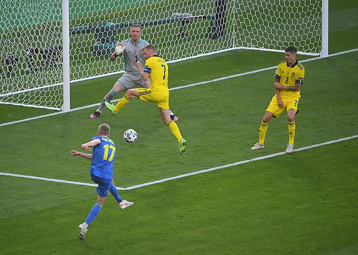 У Зинченко гол+пас со шведами! Прошил ударом с лета и выкрутил подачу на свежего форварда