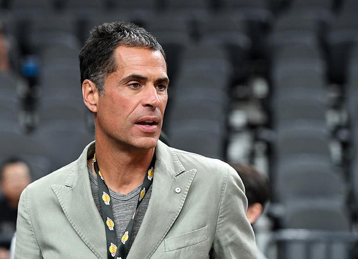 Шапито в «Лейкерс»: Мэджик – самодур, агент Леброна интриговал против тренера, генменеджер тупо врал