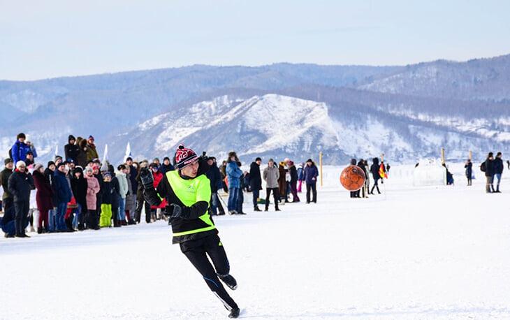 Организатор матча на льду Байкала: «Было трудно. Мы зимой в Сибири искали снег»