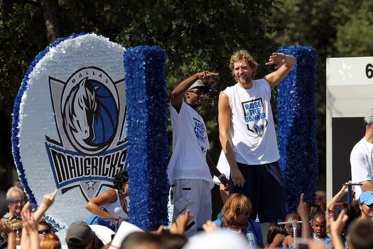 Так выберем же символ десятилетия в НБА. «Даллас» Дирка или «Голден Стэйт» без Дюрэнта?