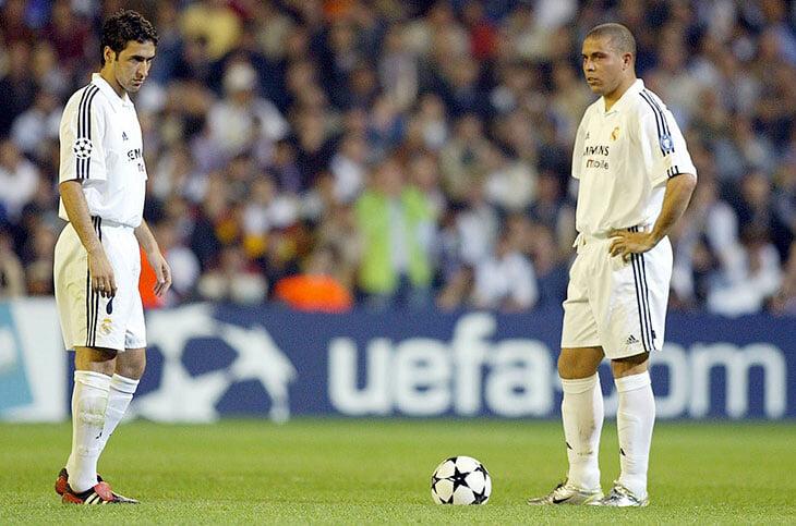 Зависть Рауля к Бекхэму и Роналдо, вражда испанцев и легов, тусы, слив тренеров и много-много алко. Так пали «галактикос»