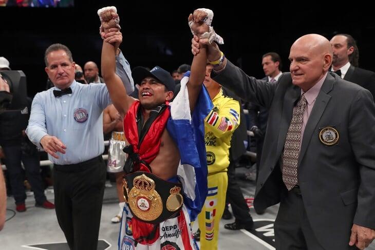 Подводим итоги 2020-го в боксе: Теофимо Лопес – король (завалил Ломаченко), возвращение Тайсона и бой, где было 8 нокдаунов