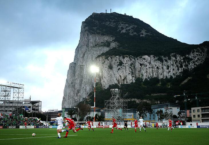 Лига конференций – красота! Гибралтарцы с Чиполиной, «Алашкерт» с Григоряном и «Тоттенхэм» с «Ромой»