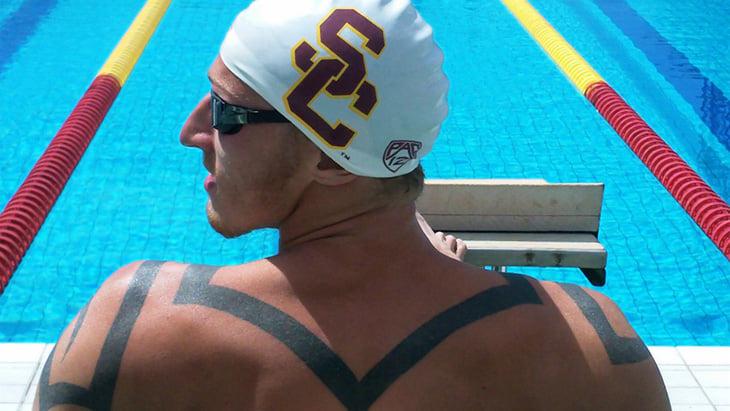 Артемий Лебедев написал, как фитнес-клубы хитрят с длиной бассейна. Мы проверили, зачем им это