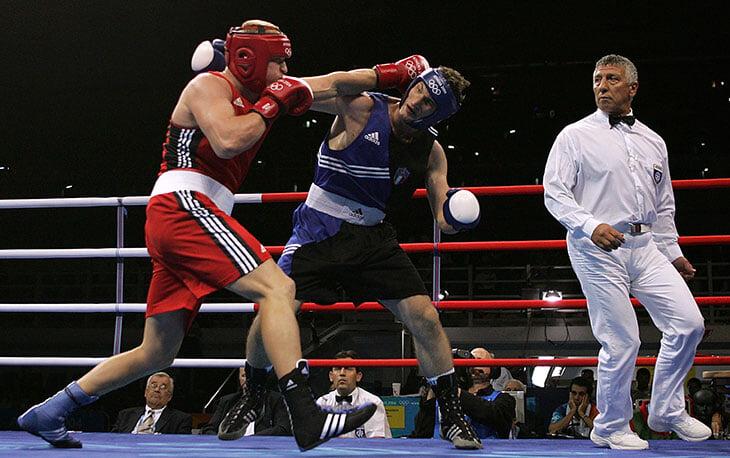 Поветкин считает главной победой золото Олимпиады. В 2004-м он переехал всех, хотя на прошлых Играх радовался просто увиденному кенгуру