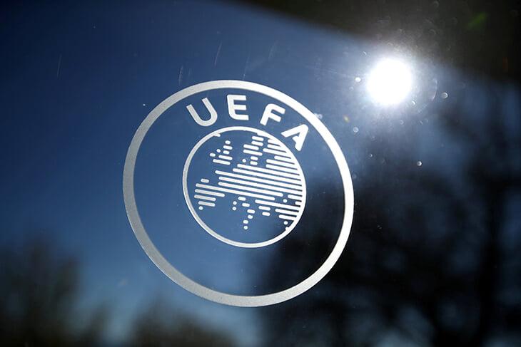 Аньелли ушел с поста главы Ассоциации европейских клубов. Участники Суперлиги забили на экстренное совещание – там поддержали УЕФА