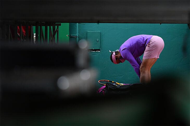 Надаль на грунте восторгает фанатов шортами – они розовые и очень короткие. А ведь когда-то он играл в пиратских штанах
