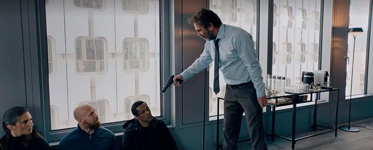 Кантона классно сыграл обезумевшего безработного в сериале Netflix. Режиссер даже не знал, кто такой Эрик