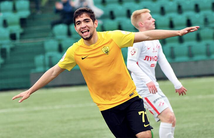 Агаларов из «Уфы» опять догнал Cмолова. Он в шикарной форме: 9 голов в 8 последних матчах