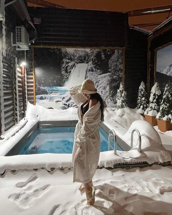 Алина Загитова еще до Крещения нырнула в ледяную воду: в чем был вызов и кто снимал то самое видео из сауны?