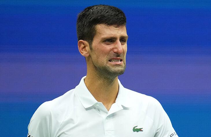 Джокович не справился с эмоциями в финале US Open – плакал прямо во время матча. А потом показал, что он – человечище