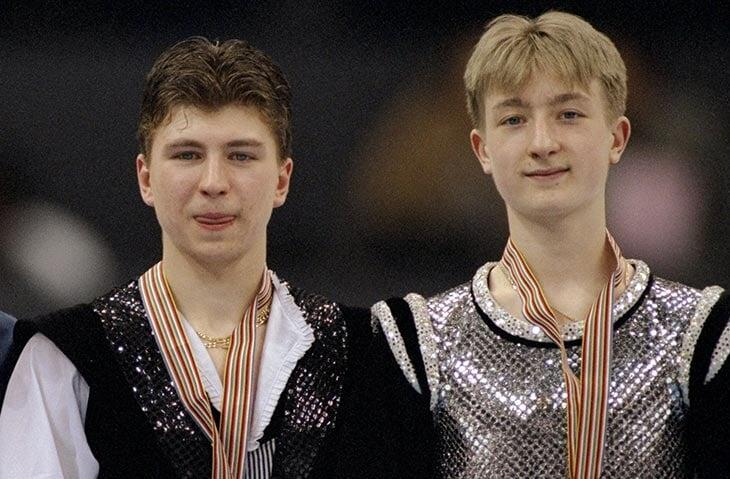 А вот сам Плющенко никогда не менял тренера: его били на тренировках, но Женя терпел и остался верен Алексею Мишину (21 год вместе)