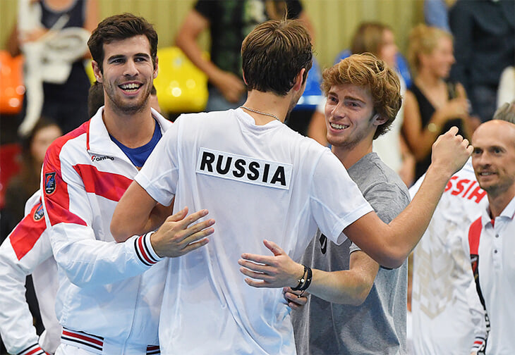 Наша федерация тенниса приписала себе успехи Медведева, Хачанова и Рублева. Но системы в России нет (цифры доказывают)