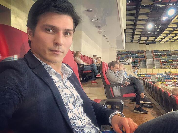 Для Тутберидзе потеря тренера Розанова больнее, чем трансфер Трусовой. Именно он два года воспитывал суперюниорок