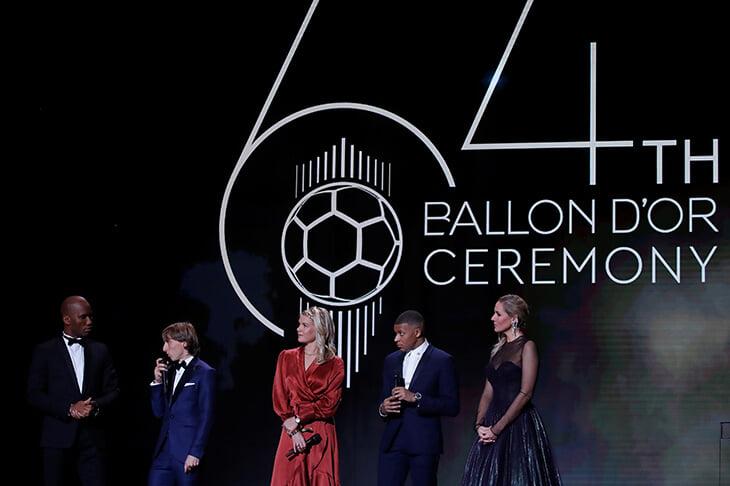 Новости спорта | Главные фотографии церемонии: Месси с шестью «Золотыми мячами», Алиссон с призом Яшина - Фото года - Блоги