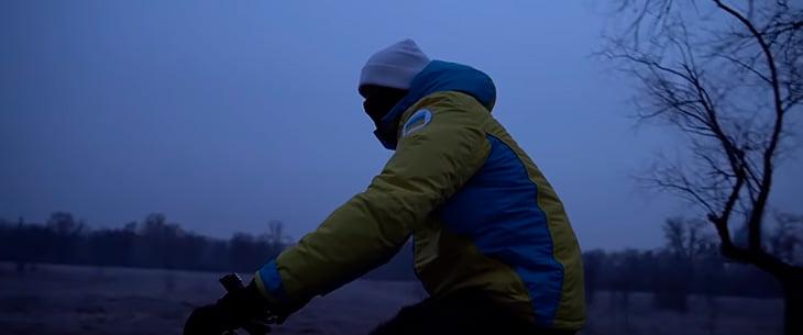 Велопрогулка в 5 утра, много плавания и стих про любовь. Усик прекрасен!