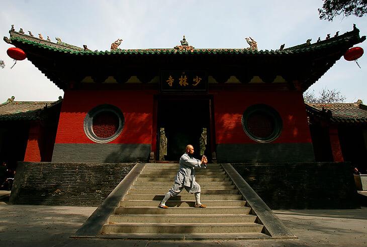 9-летняя медитация, коридор смерти и джедаи. Шаолинь – главная легенда единоборств Китая