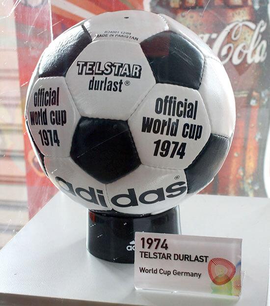 Какой мяч Евро самый красивый? Посмотрите на все и расскажите о любимом