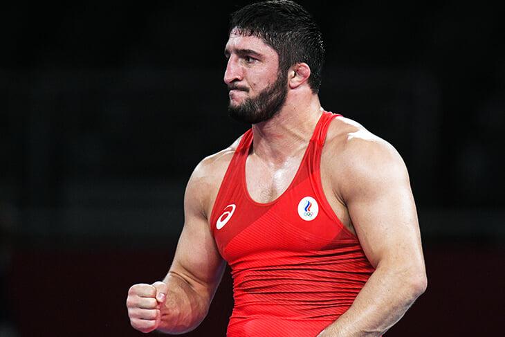 Абдулрашид Садулаев – лучший борец планеты. Он взял золото Токио в принципиальной трилогии, а за две Олимпиады проиграл лишь 4 балла