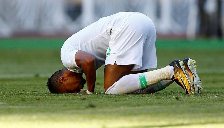 Что нужно знать о футболе, чтобы не отвлекать мужчину по пустякам