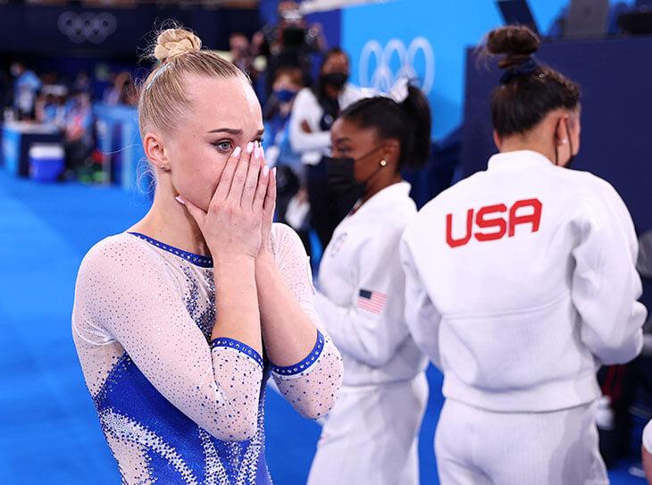 «Коряжка на брусьях», «троглодиты из Америки» и «мадам сижу». Лидия Иванова дала огня, комментируя финал женской гимнастики