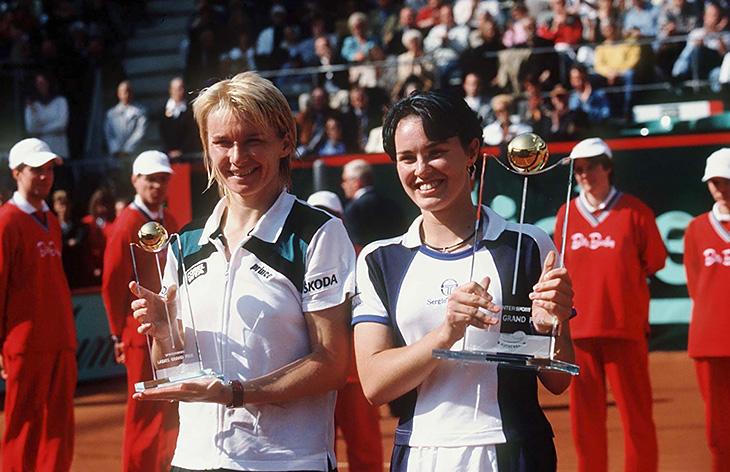Крейчикова выиграла «Ролан Гаррос» и снова вспомнила тренера, умершую от рака. Яна Новотна считалась неудачницей, а потом взяла «Уимблдон»