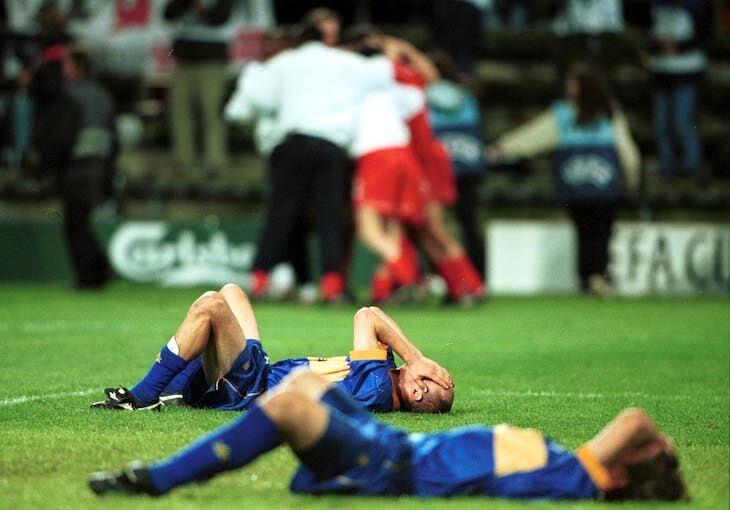 Те самые 5:4 «Ливерпуля» и «Алавеса»: Джеррарда перед игрой просили не пить (он все равно напился), а испанцы выдали камбэчище