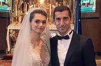 Мхитарян женился на дочери армянского бизнесмена. Они обвенчались на острове Святого Лазаря