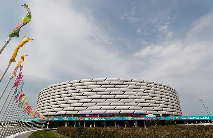 У Баку безумно дорогой стадион (около 600 млн долларов), и там не знают, что с ним делать