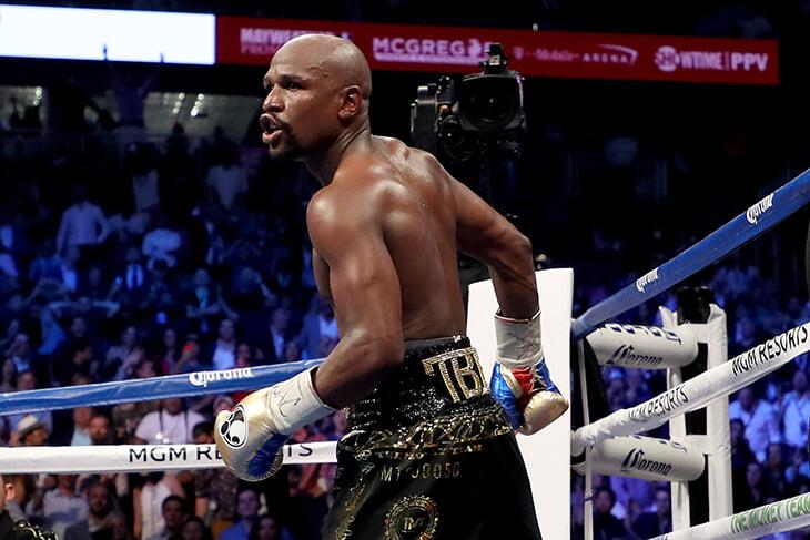 Флойд вернулся, чтобы подраться с бойцом UFC