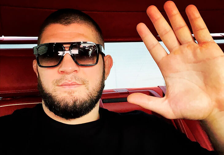 «Cпрашивать нужно только тогда, когда тебя оскорбляют». Хабиб не обижается на слова Кадырова и Чимаева