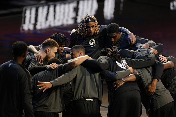 Суперзвездный «Бруклин» хочет устроить революцию в НБА – стать чемпионом, не защищаясь. Но что мы знаем о них перед плей-офф?