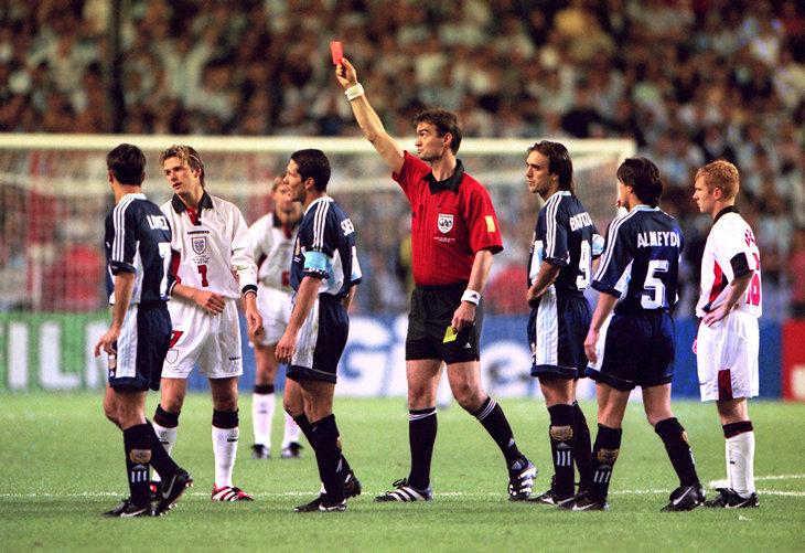 Сборная Англии по футболу, премьер-лига Англия, ЧМ-1998, Манчестер Юнайтед, Дэвид Бекхэм