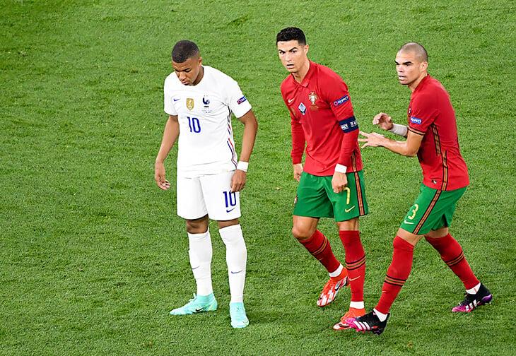 Мбаппе должен был решать на Евро, но после пенальти он остался один. Реакция на фэйл многое решит в его карьере