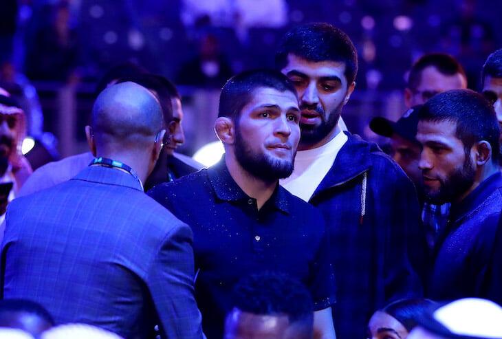 Хабиб вышел в прямой эфир инстаграма: он не может выехать из России, а Фергюсону ищут другого соперника