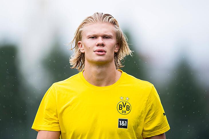Кажется, Холанд остается в Дортмунде (хотя пишут про «Челси» и €175 млн). «Боруссия» не настроена на переговоры, а игроку выгоднее уходить позже