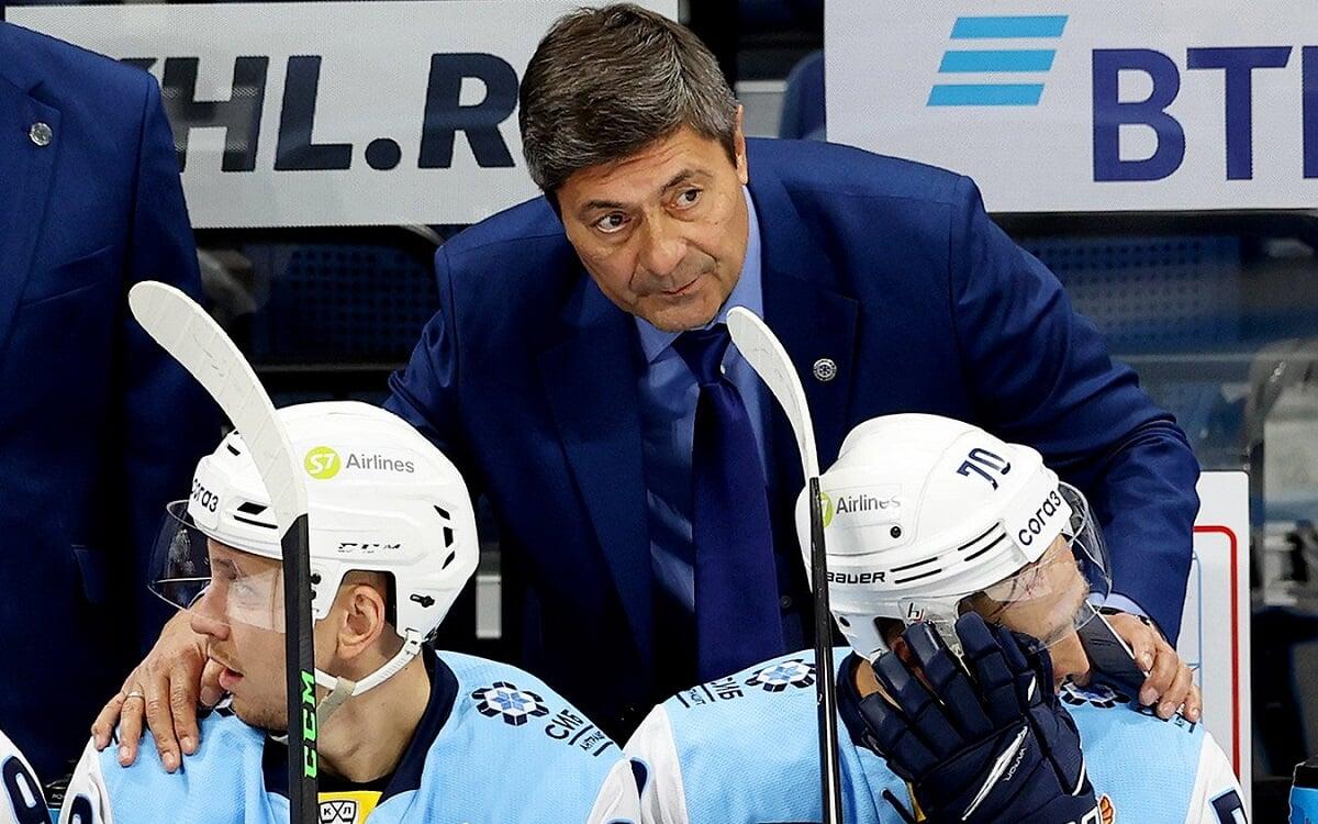 Сибирь обыграла минское Динамо, отыгравшись с 0:2. Новосибирцы прервали серию из 4 поражений