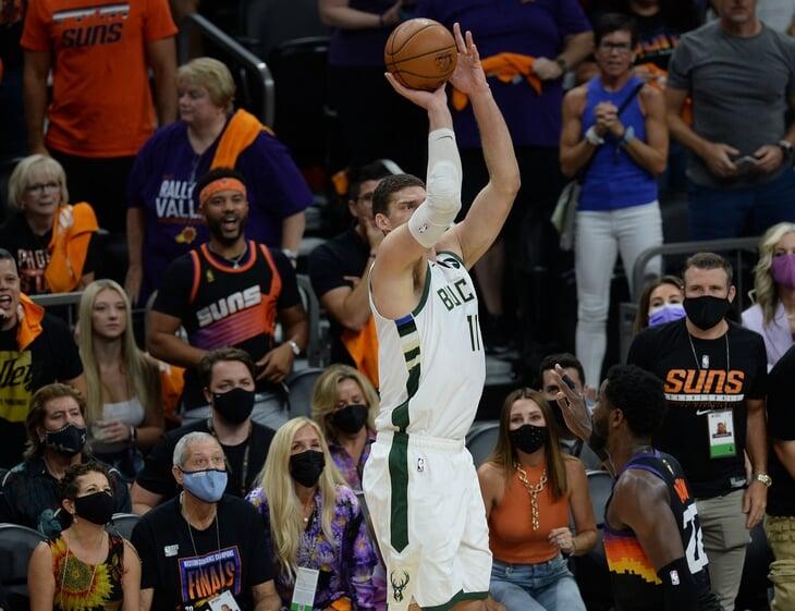 Крис Пол подал заявку на MVP финала НБА. «Финикс» не заметил возвращения Янниса и разобрался с «Милуоки»
