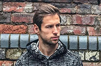Крыховяк – нетипичный футболист. Открыл бутик, в выходной смотрит замок в Латвии, просто кайфует от жизни