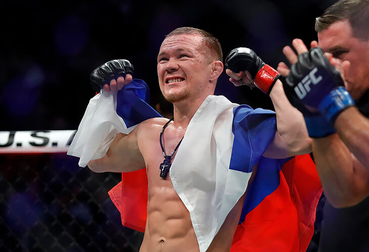 «Россия, мы сделали это!» Петр Ян – чемпион UFC, который всегда с флагом
