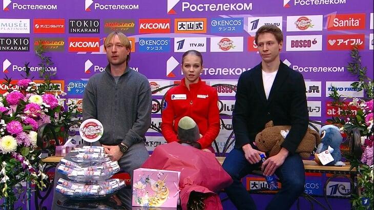 Срыв Трусовой на Гран-при России: после четырех падений Плющенко пытался шутить и предлагал мороженое