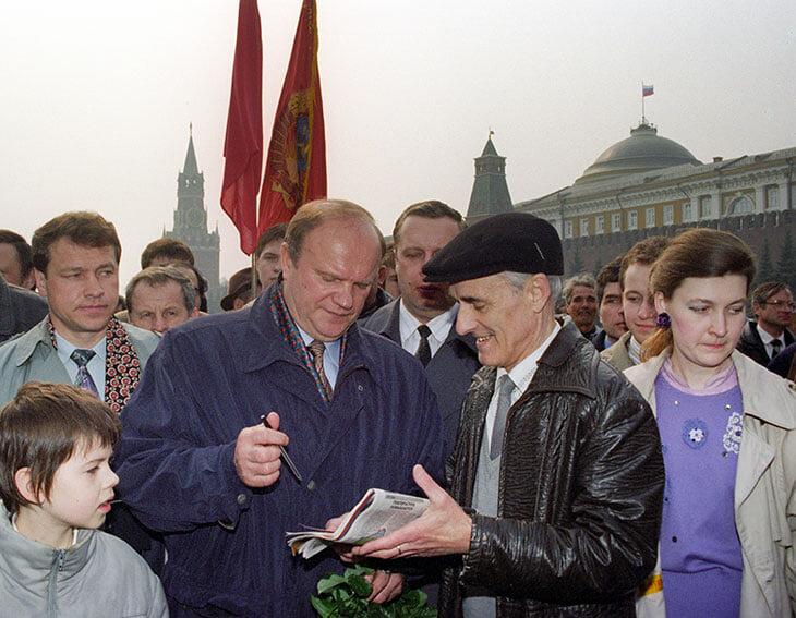 «Свободы больше нет нигде. Нет той Америки, куда мы в 96-м уезжали от Зюганова». Интервью Рабинера о жизни в США