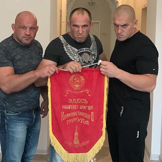 В Москве двух бойцов ММА арестовали по подозрению в похищении человека. Что?!