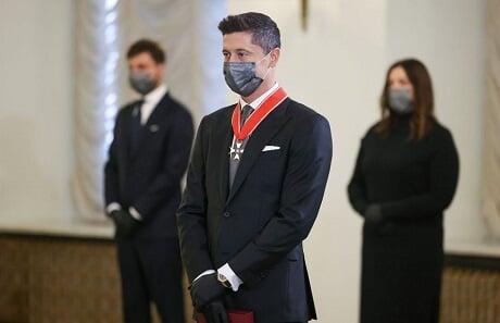 Левандовски награжден орденом от президента Польши: Наш национальный герой