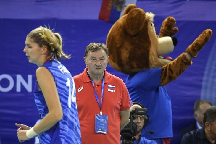 «Они, конечно, игра, но мы тоже игра. Ок?» Наши волейболистки не понимают итальянского тренера (и не скрывают это)